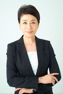 安藤優子、スポットライトの裏で...