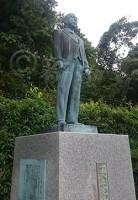 地元福井にある高木大臣父の銅像。過去にはパンツがかぶせられていたことも