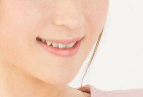 口内だけじゃない「歯」のトラブル…(写真はイメージ)