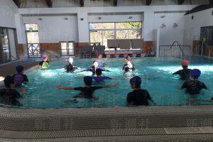プールでのトレーニング