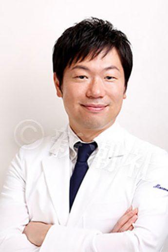 外科医と腫瘍内科医(抗がん剤治療専門医)を兼ねる大場大氏