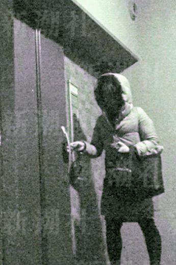 女性が向かった先は、藤井市長の部屋