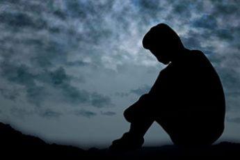 孤独死しないためには…(写真はイメージ)