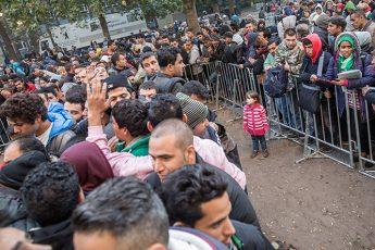 ドイツのベルリンに到着した難民