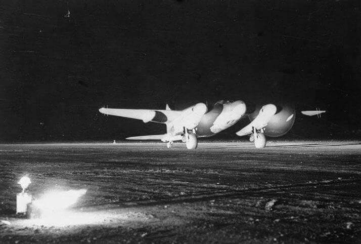 英軍の夜間戦闘機モスキート