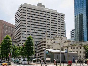 東京医科大学病院(Rs1421/Wikimedia Commonsより)