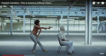 「グラミー賞」衝撃作『This Is America』が問いかける「黒人であること」