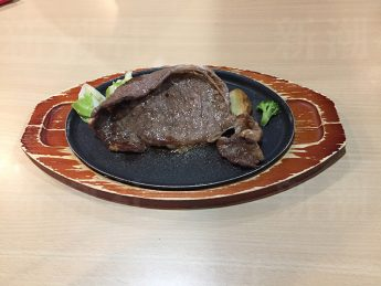 ジョイフルのリブロースステーキ